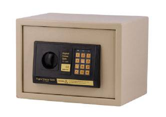 battery type and capabilities and its size for safes